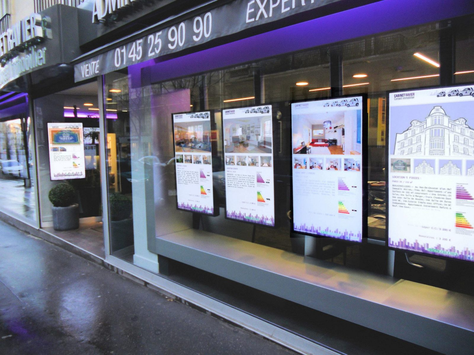 Vitrilia Agence Immobilier Vitrine Ecran Led